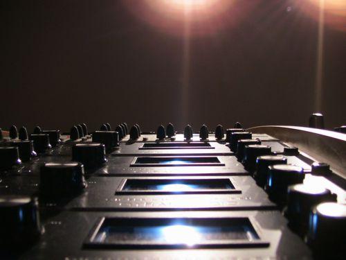 http://www.audioschematics.dk g1176 up