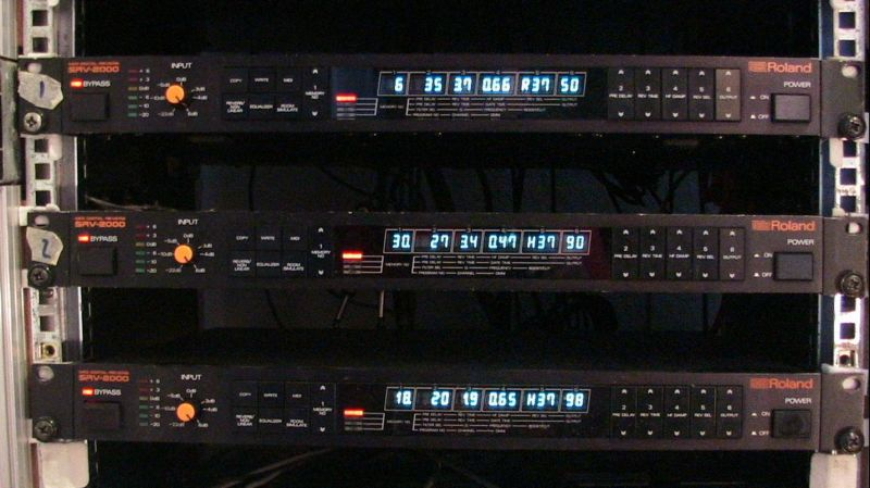 Roland SRV2000